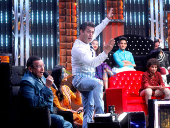 Salman Khan and Katrina Kaif on the sets of 'Dance India Dance'