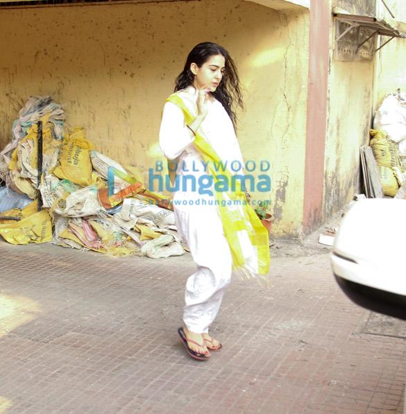 Sara Ali Khan spotted at Bandra