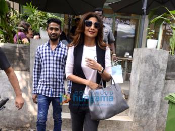 Shilpa Shetty and Elli Avram spotted at Kitchen Garden