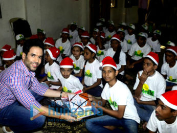 Tusshar Kapoor celebrates his birthday with children's from Smile Foundation