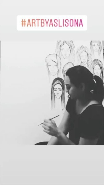 WOW! Sonakshi Sinha turns painter; might exhibit her works soon