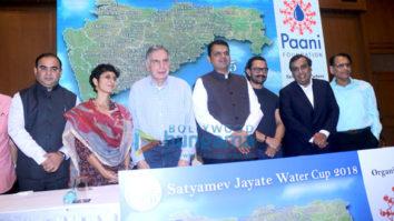 Aamir Khan attends Paani Foundation event
