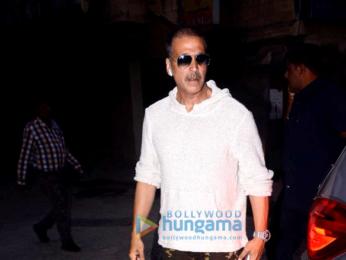 Akshay Kumar, Zareen Khan and Karan Kundra snapped in Juhu
