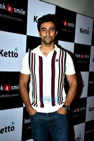 Kunal Kapoor snapped at th