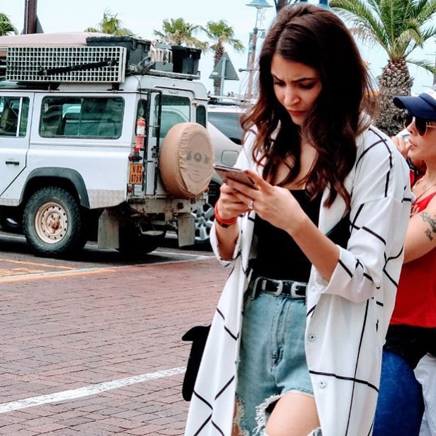 WATCH Anushka Sharma goofs around with kids in Cape Town; shares a lovely selfie with Virat Kohli (3)