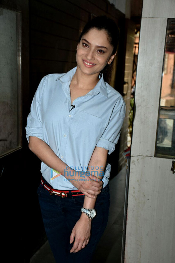 Ankita Lokhande spotted at Malad (1)