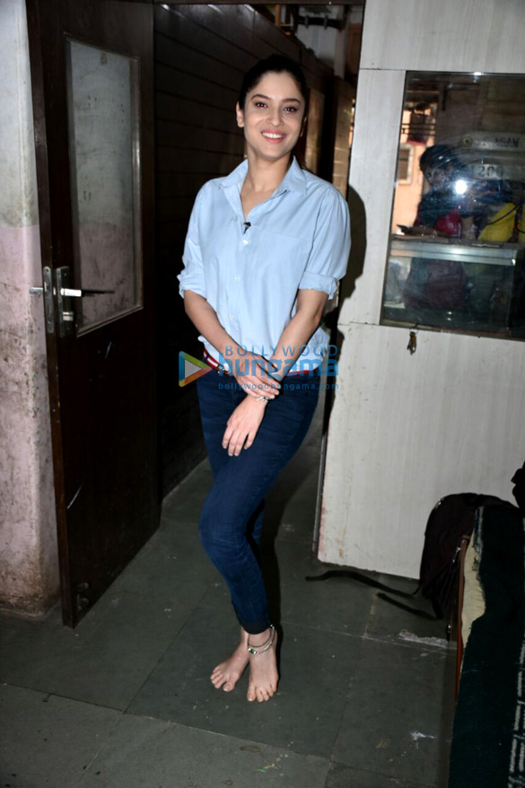 Ankita Lokhande spotted at Malad (3)