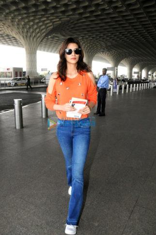 Kriti Sanon, Shilpa Shetty, Malaika Arora and others snapped at the airport