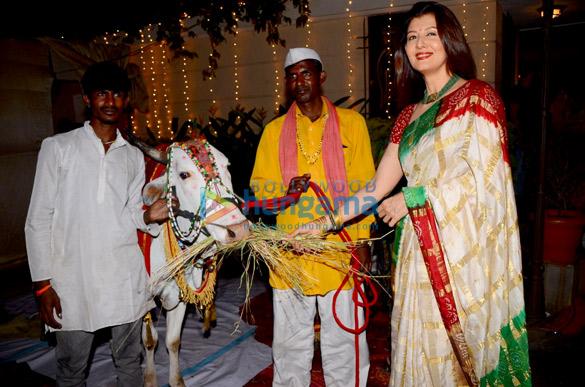 Mandana Karimi and Sangeeta Bijlani spotted at Mahashivaratri puja in Bandra