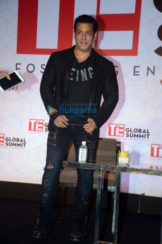 Salman Khan snapped at Sahara