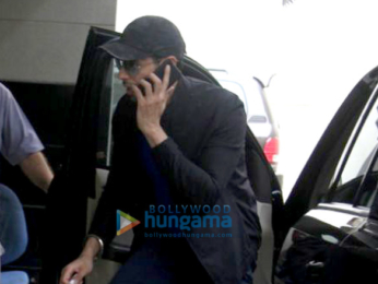 Sidharth Malhotra snapped outside the gym in Bandra