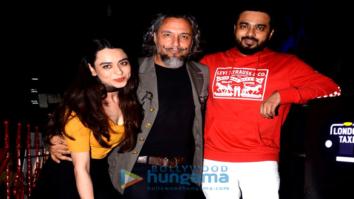 Soundarya Sharma snapped with friends south Mumbai