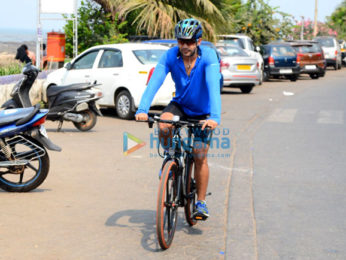 Amit Sadh spotted on a cycle at Carter Road in Bandra