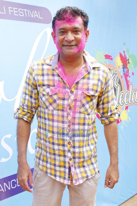 Ekta Kapoor, Hardik Pandya and others at Holi Invasion party (11)