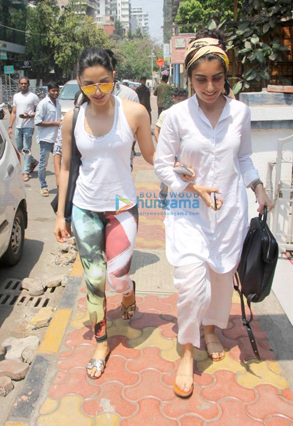 Kiara Advani spotted at a cafe in Bandra