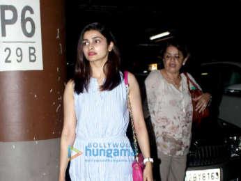 Aamir Khan, Juhi Chawla, Karisma Kapoor, Malaika Arora snapped at airport