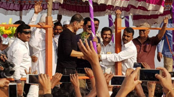 Akshay Kumar showcases his philanthropic side for the people of Satara and it is truly heart-touching