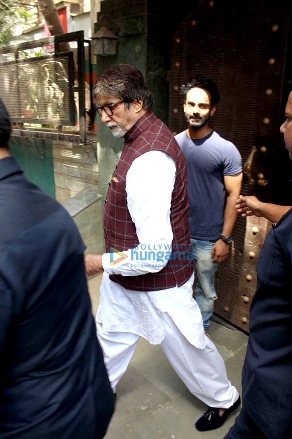 Amitabh Bachchan spotted at Aadesh Shrivastava's recording studio in Juhu