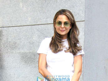 Amrita Arora snapped post a salon session