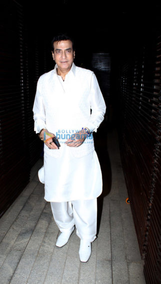 Celebs grace Jeetendra's birthday celebrations in Juhu