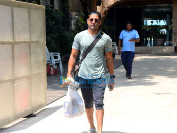 Farhan Akhtar spotted at Otters' Club in Bandra