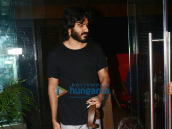 Harshvardhan Kapoor and Aalia Bedi snapped at Silver Beach Cafe in Juhu