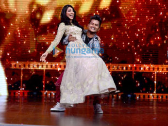 Ishaan Khatter and Malavika Mohanan promote their film on sets of DID little master