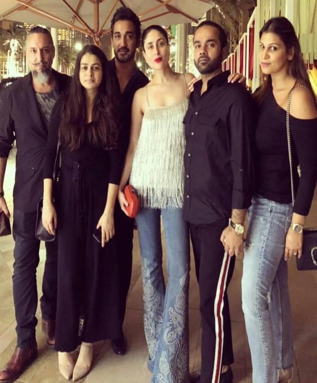 Kareena Kapoor Khan parties with her entourage