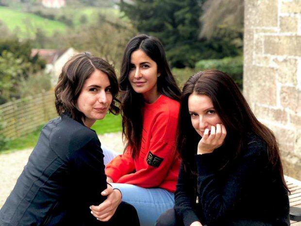 FAM JAM! Katrina Kaif introduces her sisters on social ...