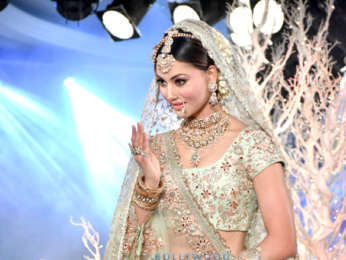 Kriti Kharbanda and Urvashi Rautela snapped at the Wedding Times show by Vikram Phadnis
