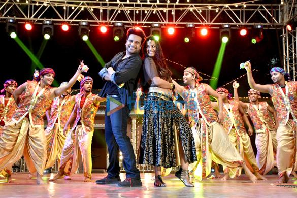 Mugdha Godse and Krishna Abhishek snapped on sets shooting for the film Sharmaji Ki Laggai