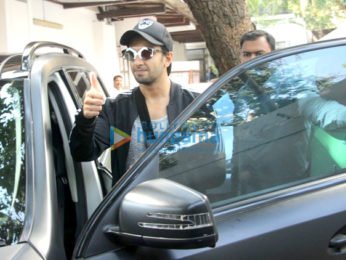 Ranveer Singh spotted outside a clinic in Bandra