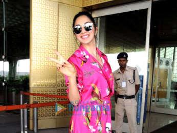 Tiger Shroff, Kiara Advani and others snapped at the airport