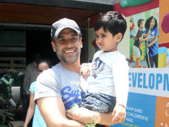 Tusshar Kapoor snapped with his son at play school