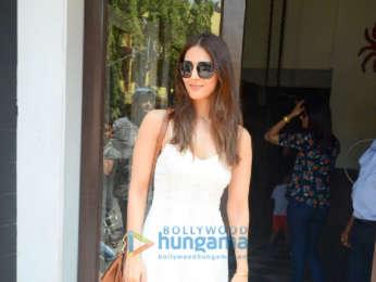 Vaani Kapoor spotted at Bastian hotel in Bandra