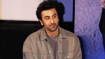 """Mein allow karunga he nahi"" Ranbir Kapoor talks about his GIRLFRIENDS & his biopic"