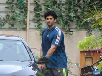 Aditya Roy Kapur snapped post his gym session