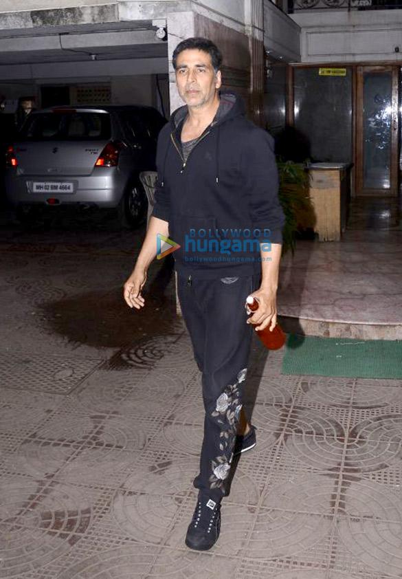 Akshay Kumar and Twinkle Khanna snapped at Ritesh Sidhwani's office