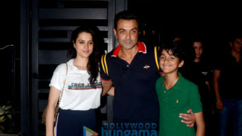 Bobby Deol celebrates his marriage anniversary with family