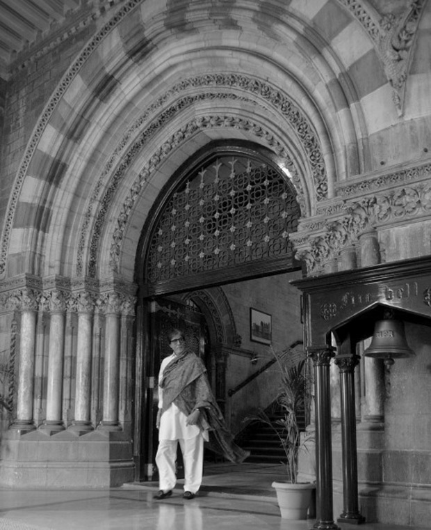 Check out: Legendary Amitabh Bachchan shoots at the iconic CSMT in Mumbai