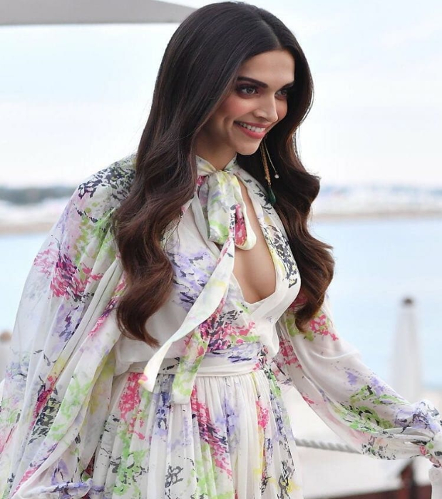 Deepika Padukone flaunts summery chic makeup at Cannes 2018 Day 1