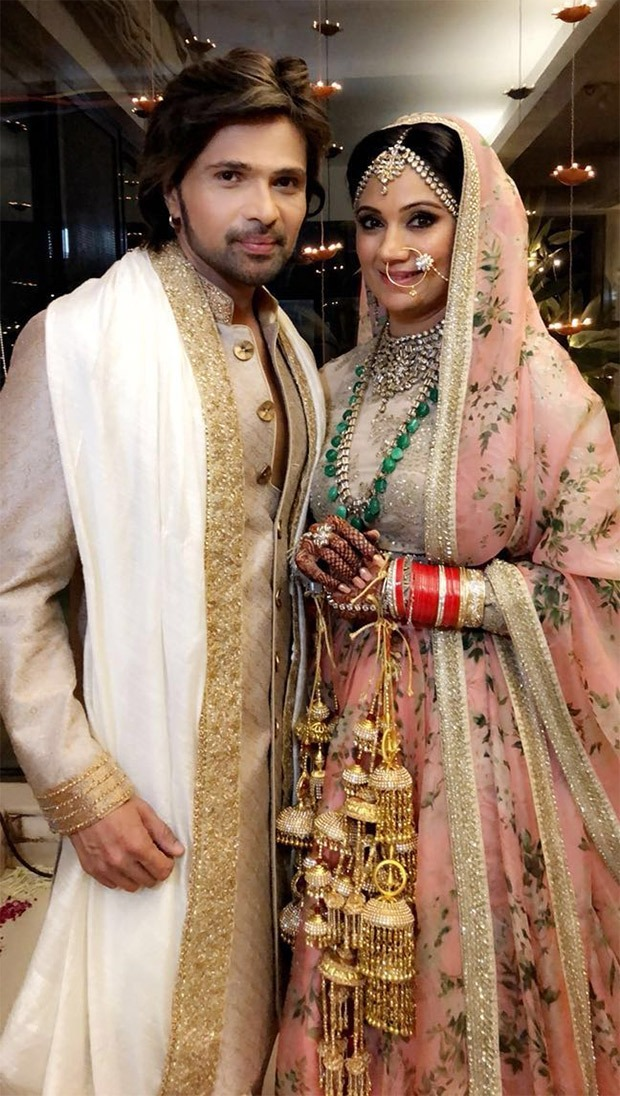 Himesh Reshammiya MARRIES Sonia Kapoor; First pic out!