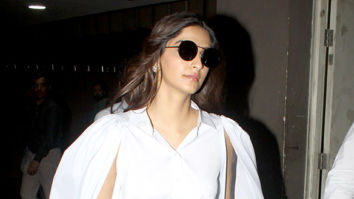 Sonam Kapoor Ahuja, Karisma Kapoor snapped at the airport