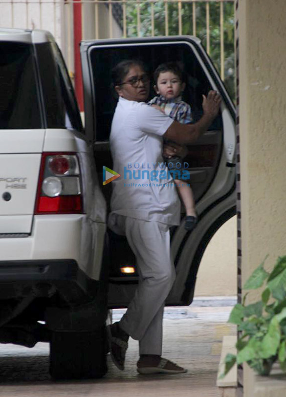 Taimur Ali Khan snapped outside Karisma Kapoor's residence