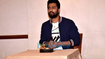 Vicky Kaushal snapped celebrating his birthday