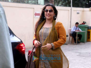Vidya Balan snapped with her husband Siddharth Roy Kapur at PVR Juhu