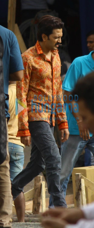 ON THE SETS: Ajay Devgn, Madhuri Dixit, Riteish Deshmukh and Esha Gupta shoot for Total Dhamaal in Mumbai