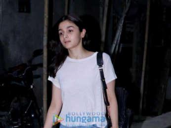 Alia Bhatt snapped outside Kromakay salon in Juhu