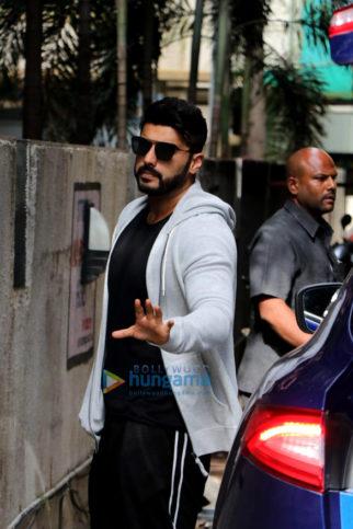 Arjun Kapoor spotted at Octopus dance class rehearsing IIFA
