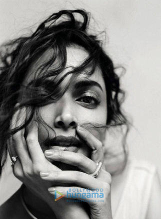 vCelebrity Photo Of Deepika Padukone